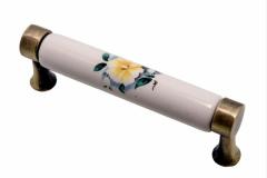 Ручка-скоба длина 96мм фарфор бронза цветок