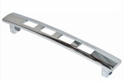 Ручка-скоба длина 96 мм хром перфорация